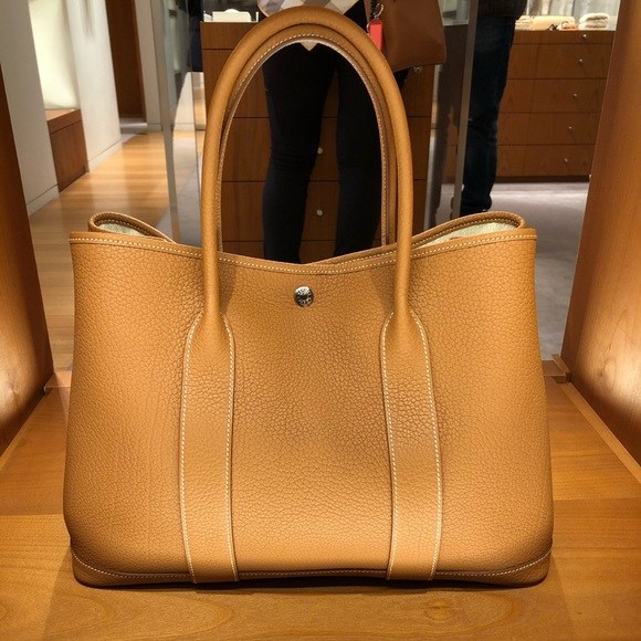 Hermes Bags Authentic Herms Garden Party 36 Bag In Gold 3750